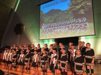 原聲童聲合唱團獻唱