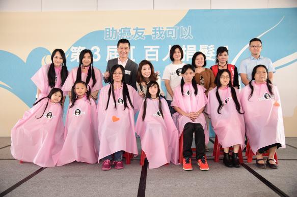 特別嘉賓 才女歌手黃嘉千帶小女兒 夏天行動支持捐贈頭髮